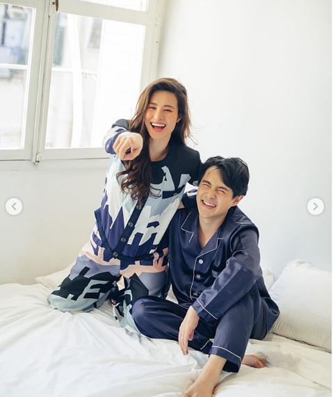 Trấn Thành để lại bình luận khen ngợi trong bộ ảnh pijama của Đông Nhi - Ông Cao Thắng