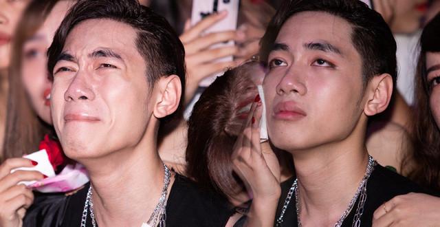 K-ICM và 3 lần khóc công khai trước fan gây bão cộng đồng mạng
