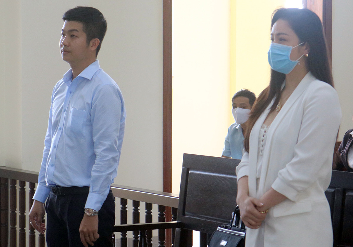 Nhật Kim Anh bị hủy kết quả thắng kiện quyền nuôi con, tòa xem xét lại từ đầu