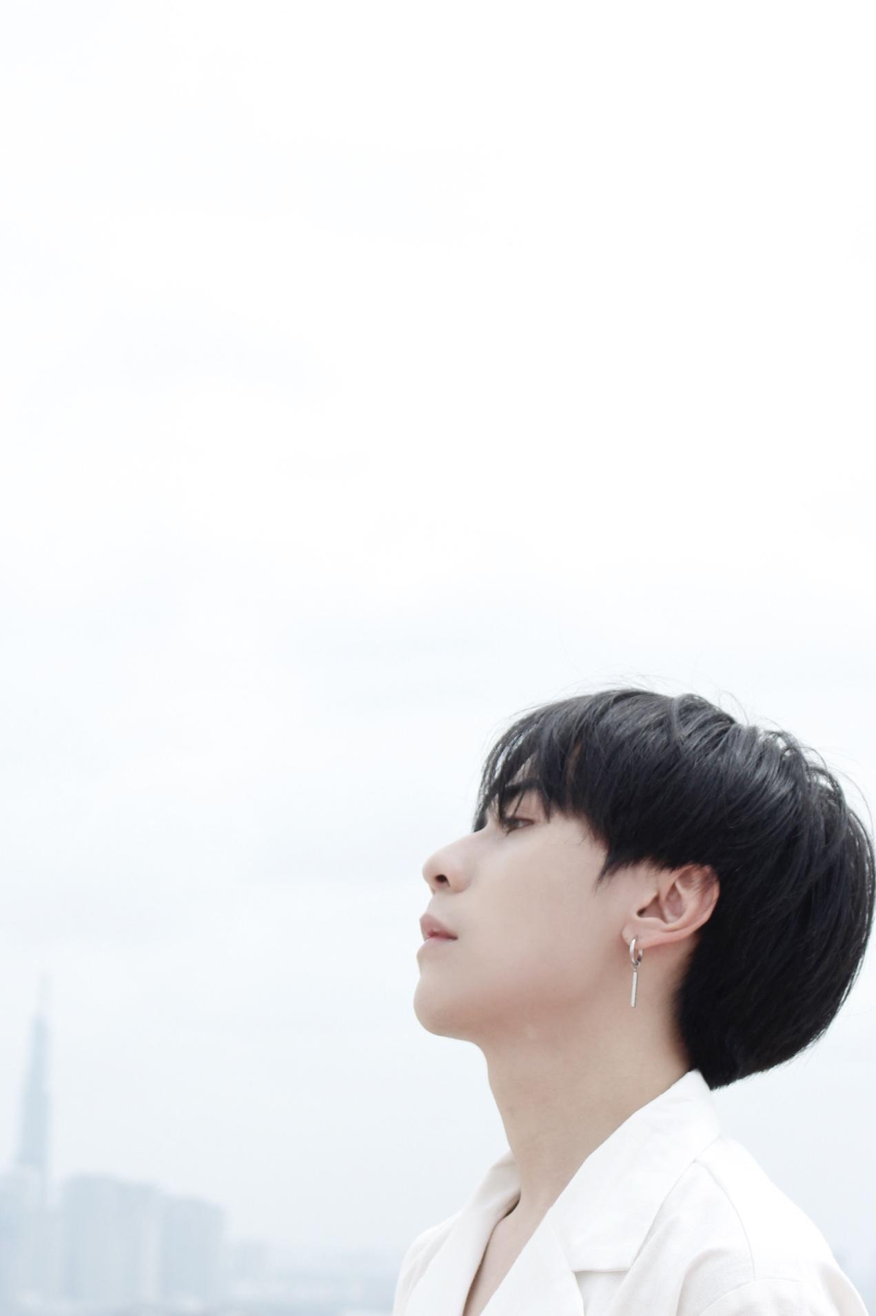 """Hết an ủi """"Đừng khóc một mình"""", Quang Hùng MasterD tiếp tục hoài niệm với """"Nỗi nhớ lặng im"""