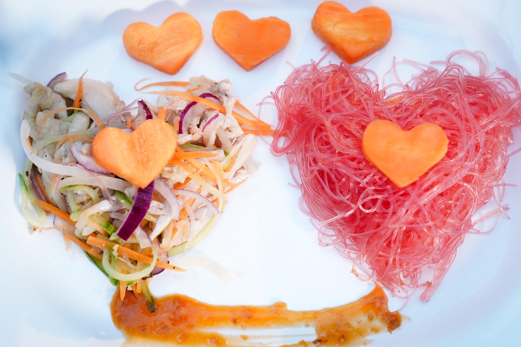 Học Huỳnh Lập - Khả Như bí kíp để Valentine năm nay không còn cô đơn
