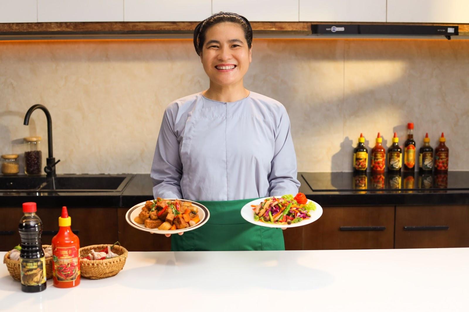 Bạn đã biết cách chế biến món chay Đậu hũ kho nấm rơm chuẩn vị nhà hàng?