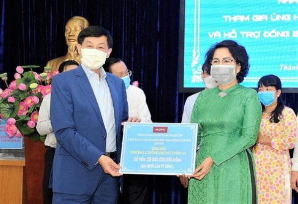 Johnathan Hạnh Nguyễn: Thông tin tôi ủng hộ 30 tỷ và vợ ủng hộ 6,2 tỷ là không đúng