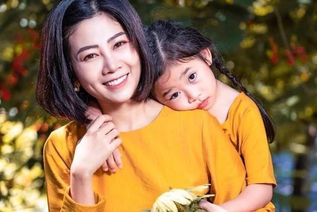 Nhói lòng nghe Mai Phương hát Ngủ đi con tặng con gái trước khi mất