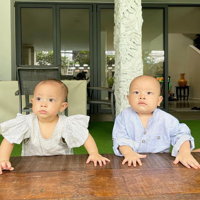 Kim Lý bị Hà Hồ phê bình nhẹ vì dạy con học buổi sáng nhưng vô tình phạm phải lỗi này