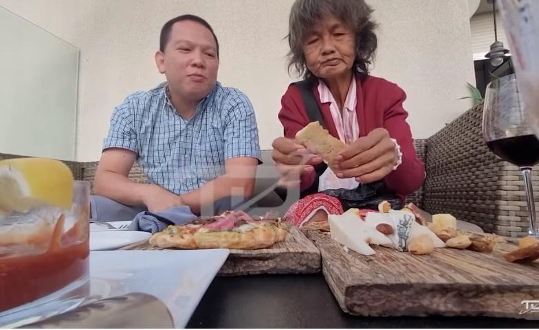 Phát hiện ca sĩ Kim Ngân tiều tụy, vật vạ lề đường sau 2 tháng rời khỏi Thúy Nga, về sống chung với em họ