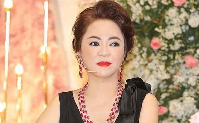 Xôn xao bức tâm thư của bà Phương Hằng: Tuyên bố dừng lại, đêm nay thực hiện buổi livestream cuối cùng