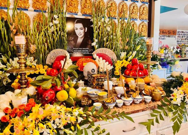Cập nhật tang lễ cố ca sĩ Phi Nhung ở Mỹ: Con gái và cháu ngoại cố ca sĩ thất thần, Mạnh Quỳnh đau đớn nói lời vĩnh biệt!