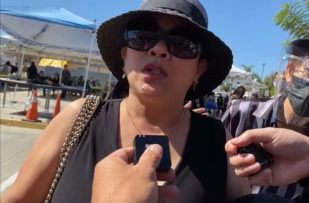 Khán giả đến tận đám tang Phi Nhung tại Mỹ, đòi tẩy chay Hồ Văn Cường