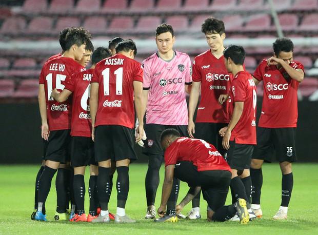 Văn Lâm và phía đại diện của cầu thủ đã cho biết sẽ đáp trả cứng rắn nếu bị kiện